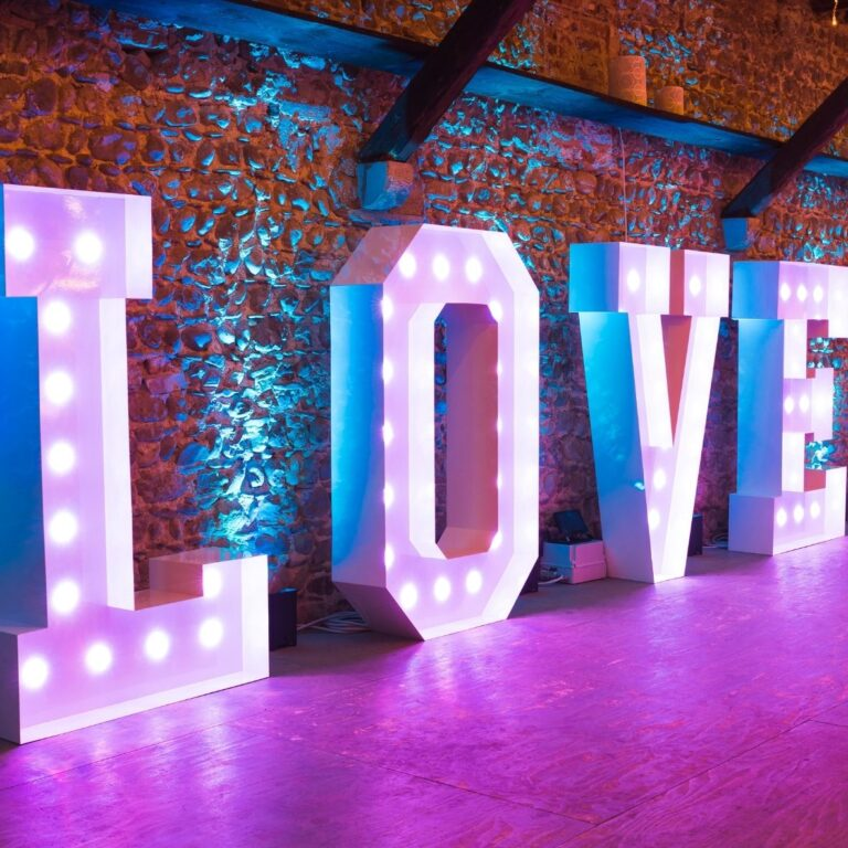 Piroblu scritta luminosa love